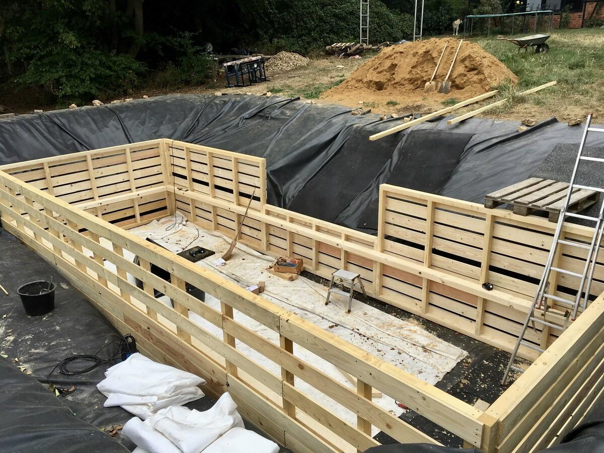 40 Holzrahmen fertig montiert