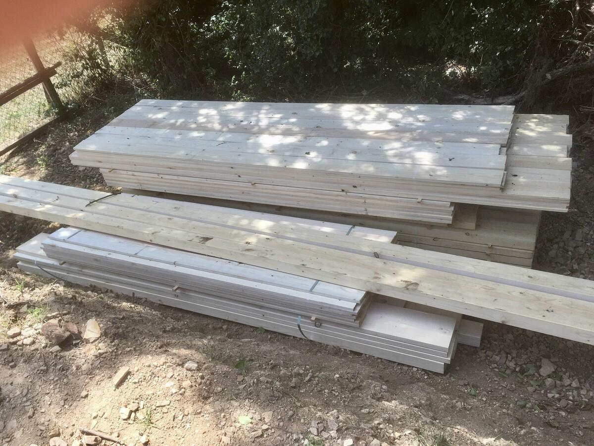 29 Holzlieferung sägefrisches Fichtenholz