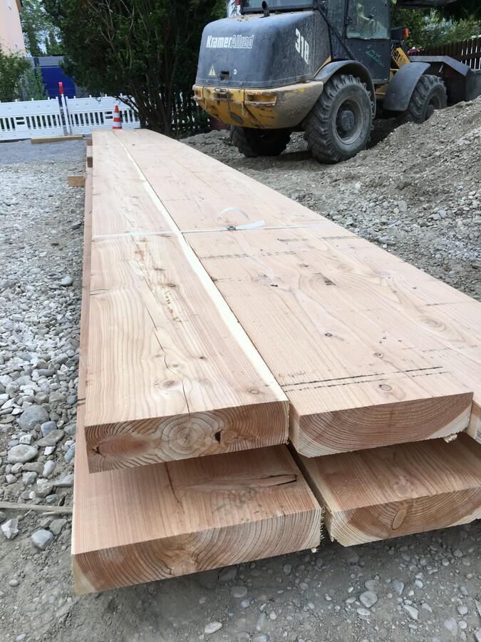 Das Holz ist da
